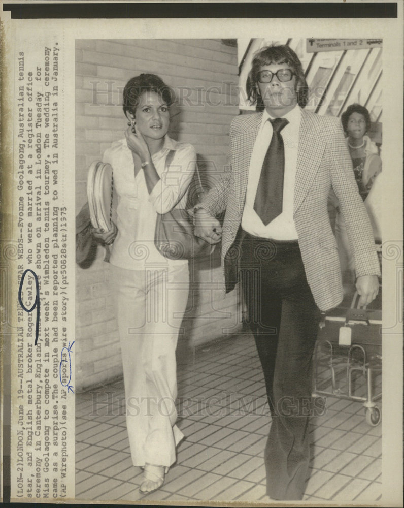 1975 Press Evonne Goolagong Roger Cawley