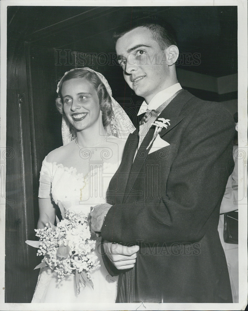 Mr. Mrs. David Judd Nutting wedding 1953 Vintage Press Photo Print    Historic Images