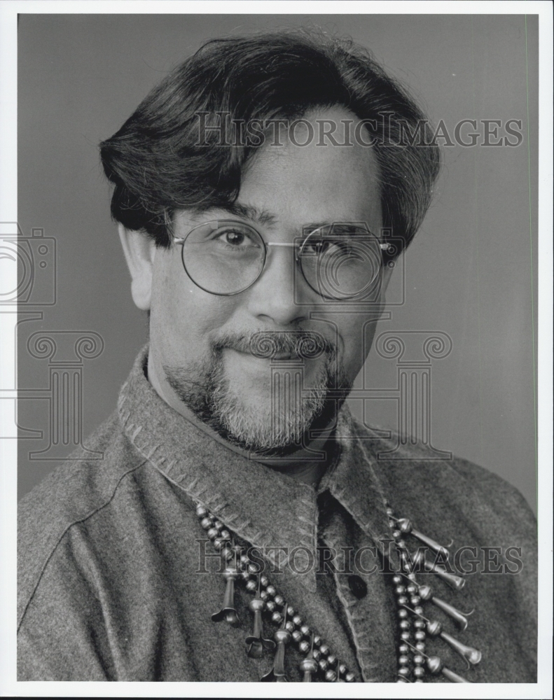 Press Photo Tenor singer Mark Evans