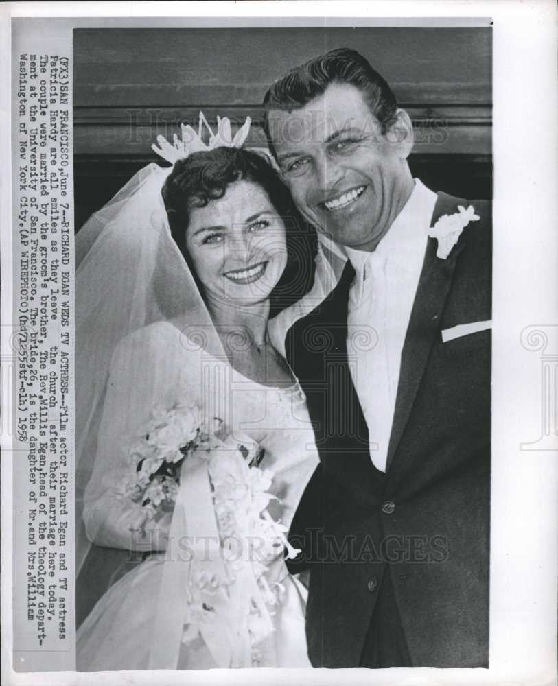 1958 press photo richard egan patricia hardy tv actress