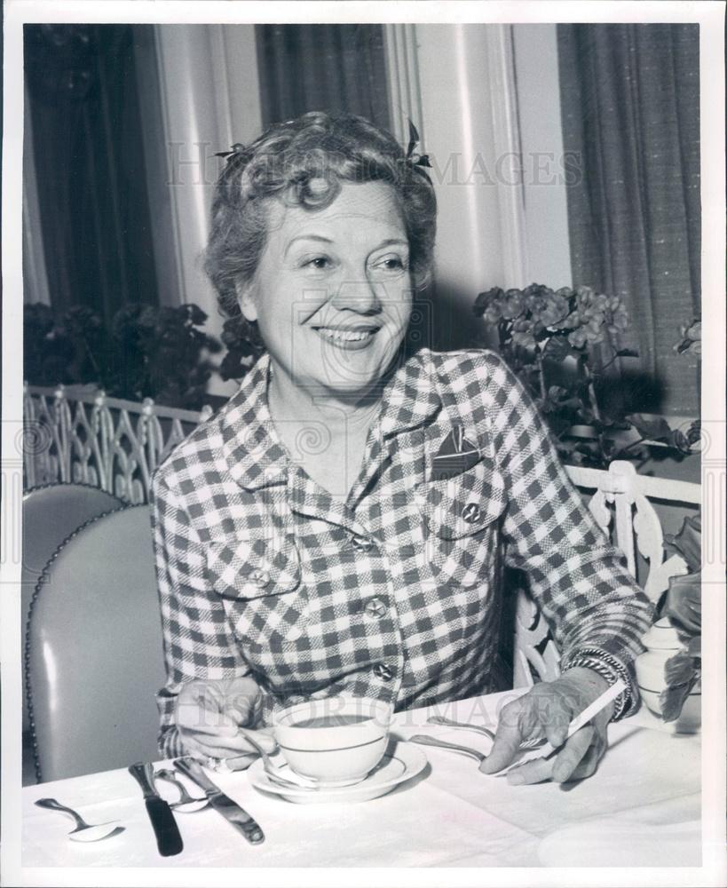 Watch Lois Wilson (actress) video